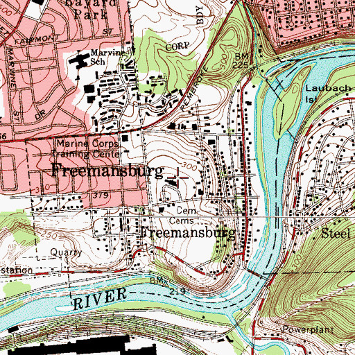 Topographic Map of Freemansburg Elementary School, PA