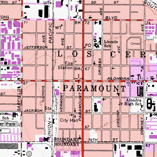 Topographic Map of Paramount, CA