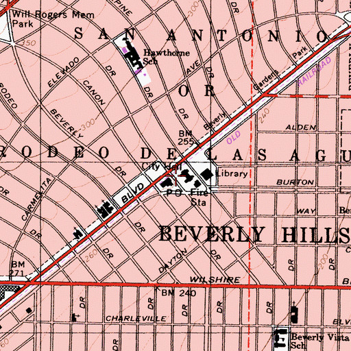 Topographic Map of Beverly Hills City Hall, CA