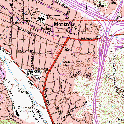 Topographic Map of Montrose Community Park, CA
