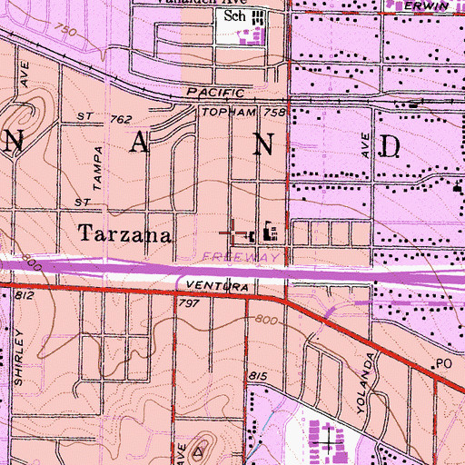 Topographic Map of Tarzana Baptist Chapel, CA