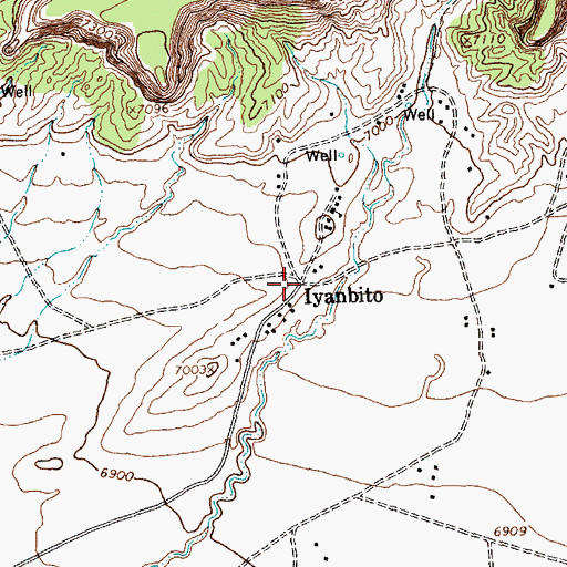 Topographic Map of Iyanbito, NM